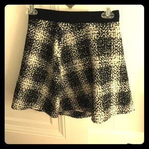 BCBG Size 0 skirt  (brand new, tag still on)